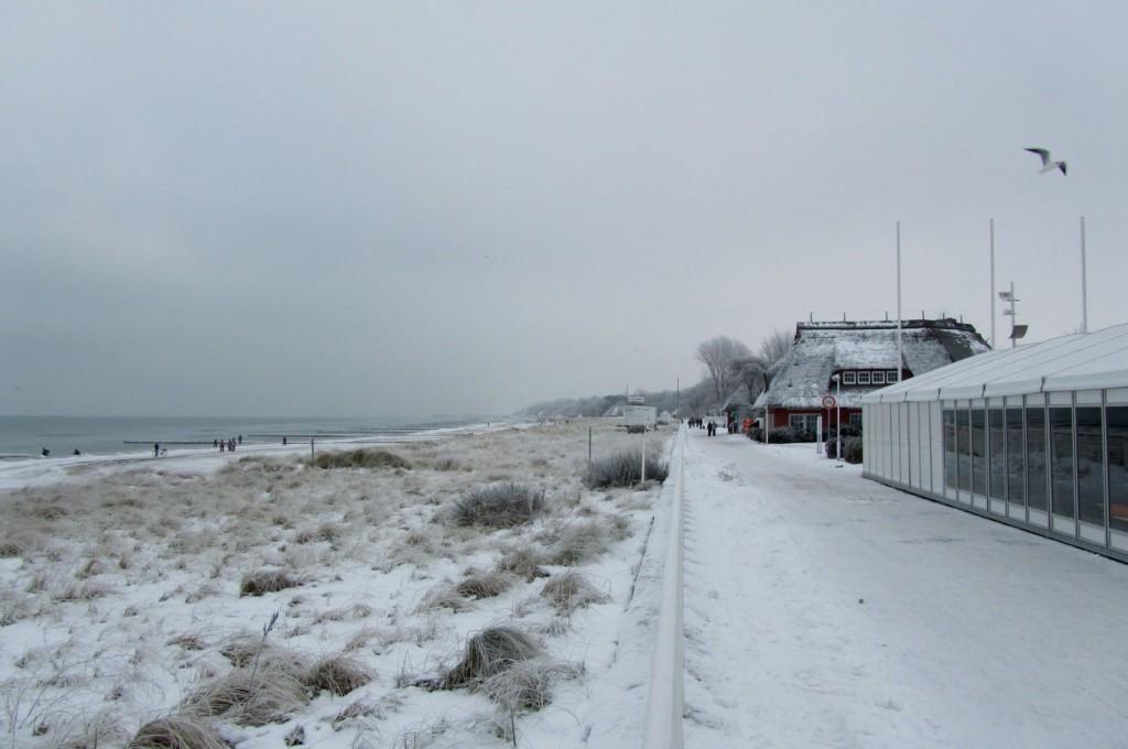 Strandpromenade von Kühlungsborn im Winter