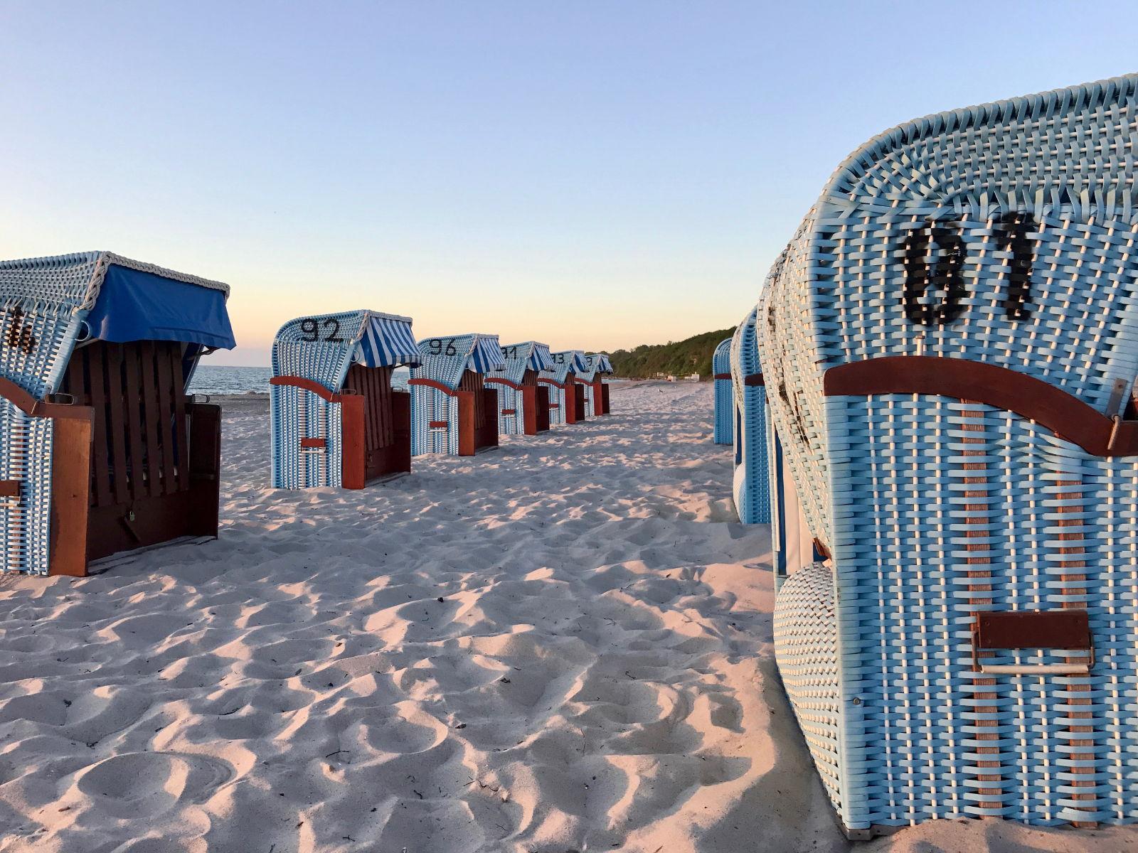 Strandkörbe am Ostsee Strand