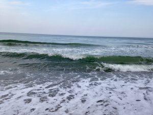 Wellen am Strand von Rerik