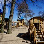 Spielplatz mit viel Holz in Kühlungsborn West